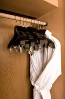 Prevent your telescopic closet rod from sagging with extra support.