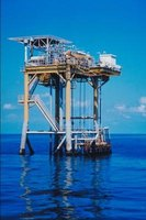 Oilfield platforms in the Gulf of Mexico are supported by helicopter services.