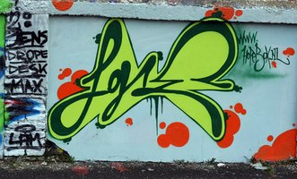 how to draw graffiti letters for beginners ehow. Black Bedroom Furniture Sets. Home Design Ideas