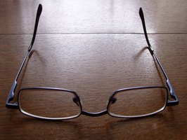 Eyeglass Frames Paint : How to Remove Spray Paint From Eyeglasses eHow