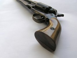 The majority of modern black powder revolvers are second generation.