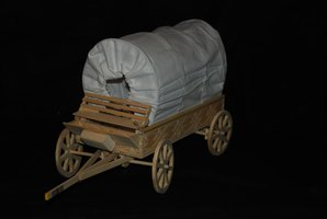 Thousands of emigrants traveled to Oregon in covered wagons.