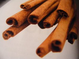 Cutting cinnamon sticks without crushing them is tricky.