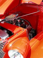 How to Troubleshoot a Holley Carburetor in a Car