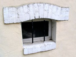 How to Use Window Wells to Prevent Water in the Basement