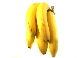 Bananas are a potassium-rich food that raises alkaline levels.