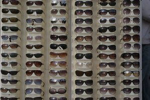 How to Start a Sunglasses Business