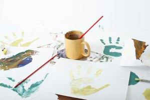 Use acrylic sheets to create beautiful paintings, collages and sculptures
