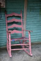 Although it looks simple, a rocking chair actually requires a detailed design to function properly.