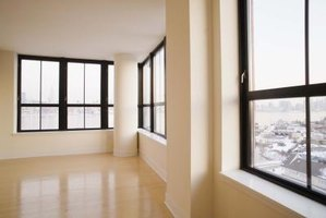 Top rated vinyl replacement windows ehow for Best quality vinyl windows