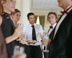 Serve nonstaining foods and clear beverages in the prewedding suites to avoid messy formal attire mishaps.