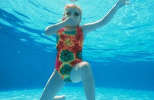 How To Know When To Shock The Swimming Pool Ehow