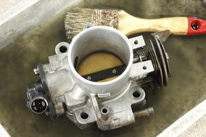 Cleaning a carburetor