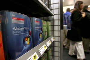 Make Windows Vista displays negative with a keyboard shortcut.
