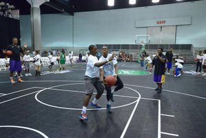 The Lakers' Youth Foundation gives back to the community.