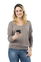 Receive Yahoo Messenger chat messages via SMS on your phone.