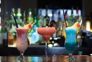 These frozen, fruity rum-based drinks have a wide audience and have lucrative business potential.