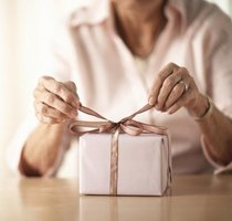 Suggested Gifts for a 70 Year Old Woman