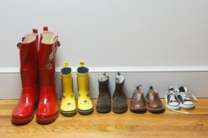 How to Calculate Shoe and Boot Sizes