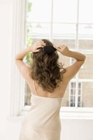 Avoid scalp pain by eliminating hair knots correctly.