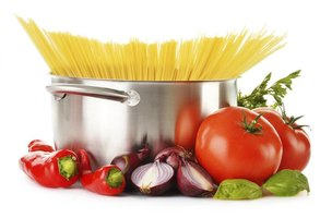 Metallic taste from stainless steel pans prevents you from enjoying the best flavor from recipes.