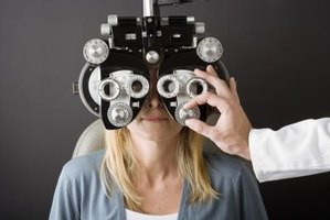 You and your family might qualify for free eye exams.