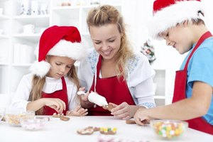 Spend time with little ones making easy Christmas snacks.