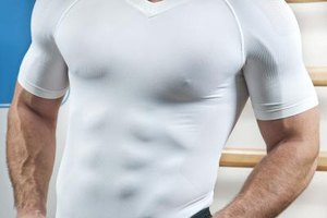 Compression shirts may help muscles like your abs recover faster after a workout.