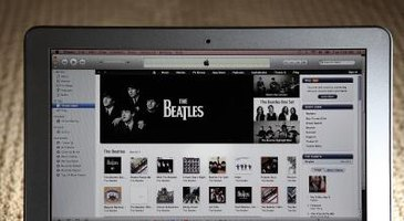 ITunes users can browse through available podcasts in iTunes.