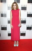 Laura Carmichael wears a modern take on the sack dress at the ELLE Style Awards.