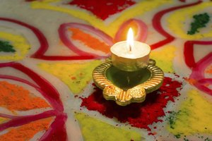 Diyas are common fixtures of Diwali celebrations.