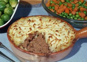 You'll find shepherd's pie in English pubs.
