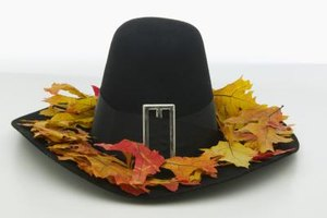 Pilgrim hat ideas and patterns abound and are enjoyed by children.