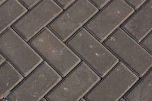 How to Prepare a Sub Base for Paver Brick