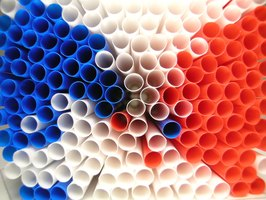 Straws come in a variety of colors.