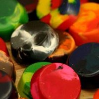 How to Make Crayons in a Candy Mold
