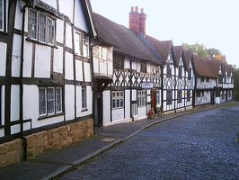 What is a tudor house ehow - What makes a house a tudor ...