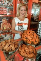 Delicious Hooters Wings at your next party.