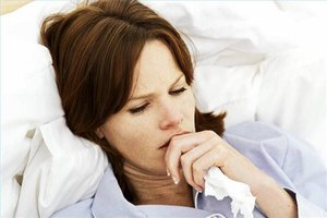 Duration & Symptoms of Viral Pneumonia