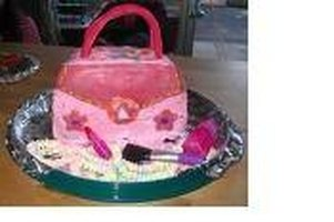 Make a Handbag Birthday Cake