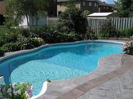 Landscape Ideas for Around the Pool
