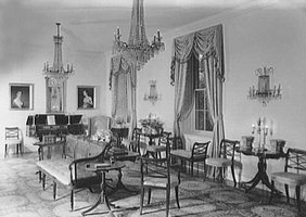 What Is Early American Furniture?