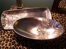 Metallic Decorative Showpieces