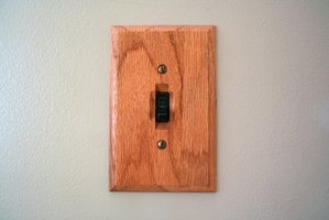 For maximum safety, remove an unused switch and cover the wall opening with a cover blank.