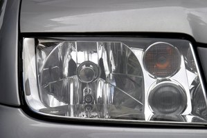 HID lights have their own projector lens.