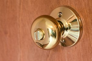 There are several methods for forcing latches on door knobs that won't work.
