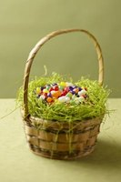 Create an Easter basket in cupcake form to serve as dessert.