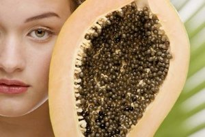 Get beautiful skin using fresh papaya.