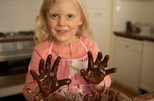 Keep an eye on children to make sure that your tablcloth doesn't get covered in chocolate.