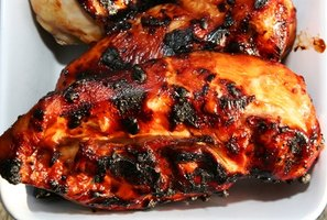 Grilled chicken breast is ready to eat in about half an hour.